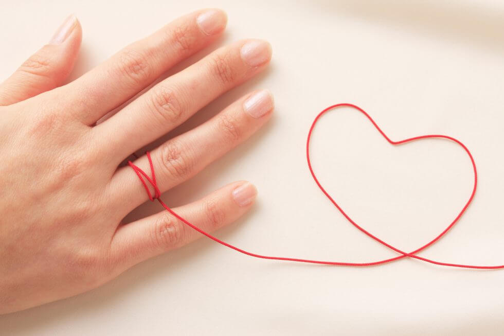 Heart-shaped red thread